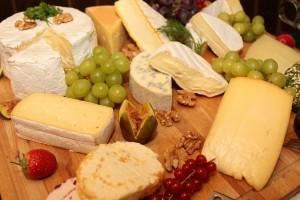 チェダーチーズの栄養成分表