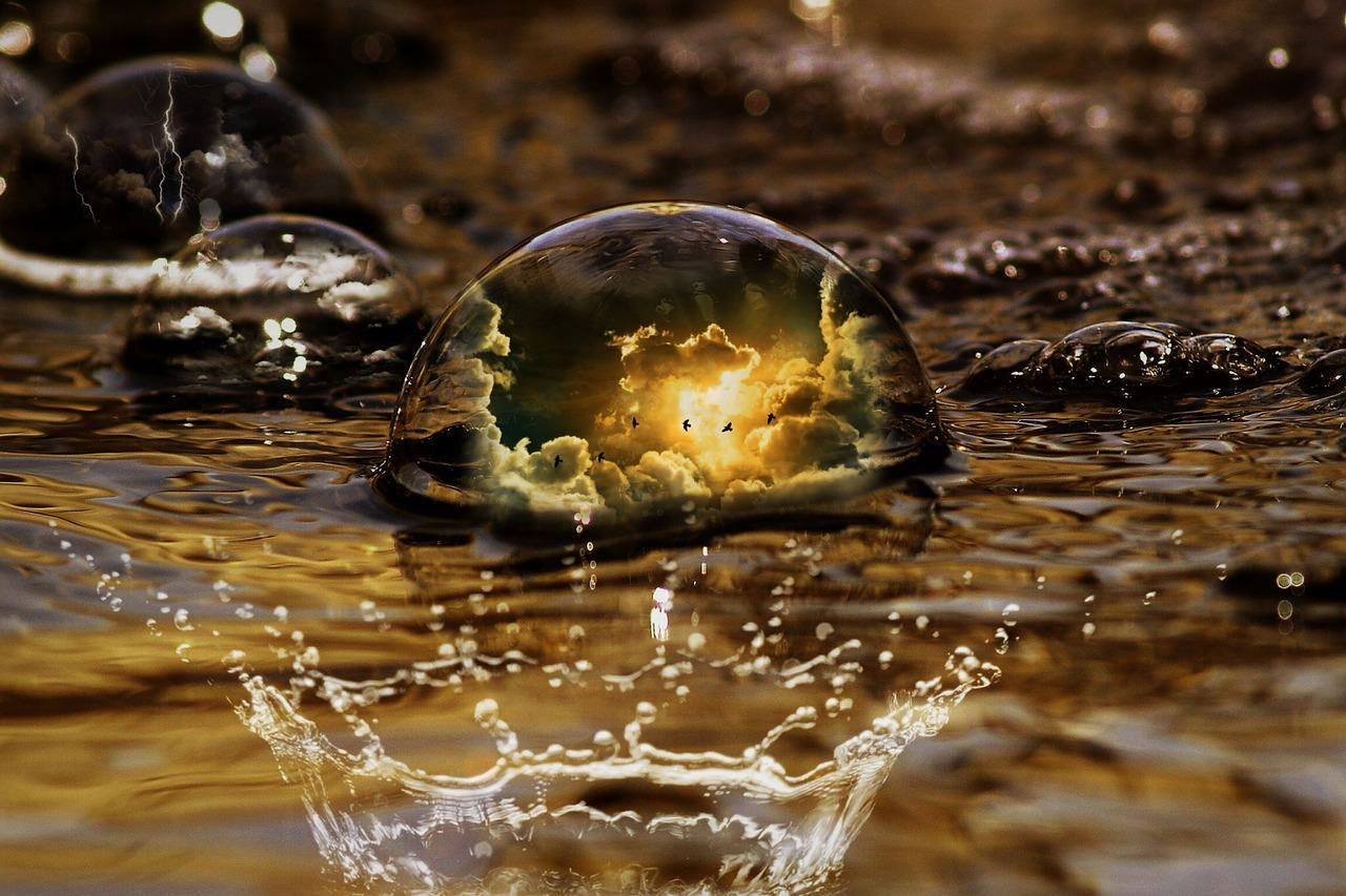 水と泡と空