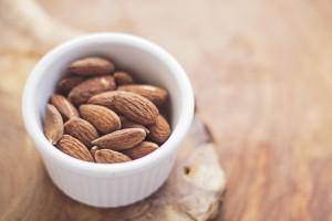 アーモンドの効能とおすすめレシピ、食品成分表