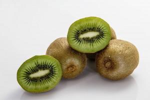 キウイ(キウイフルーツ)の効能とおすすめレシピ、食品成分表