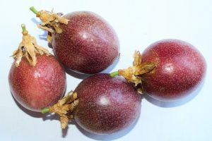 パッションフルーツの効能とおすすめレシピ