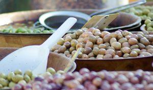 オリーブの効能とおすすめレシピ、食品成分表