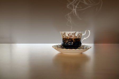けむり立つ紅茶