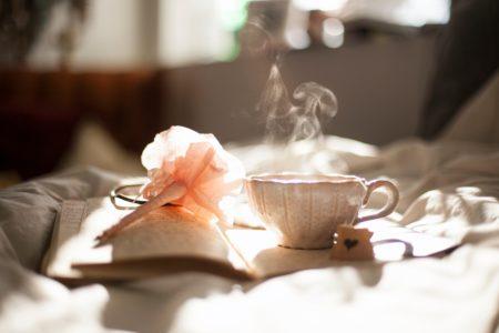 香り立つ茶の風景